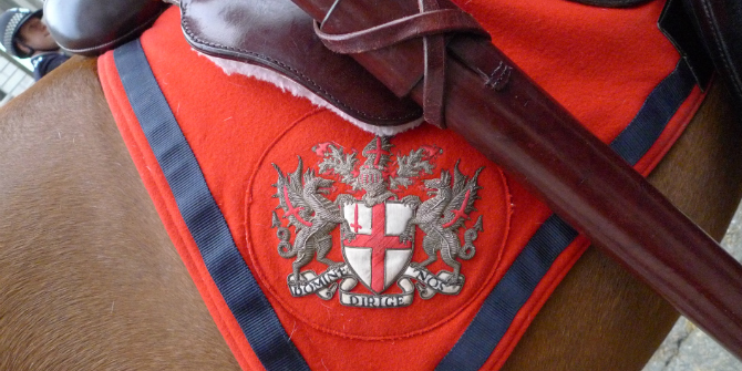 Arms_of_the_City_of_London_on_an_horse_blanket_2011