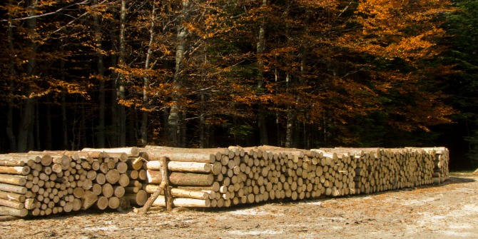 How can the wood industry communicate its sustainability?