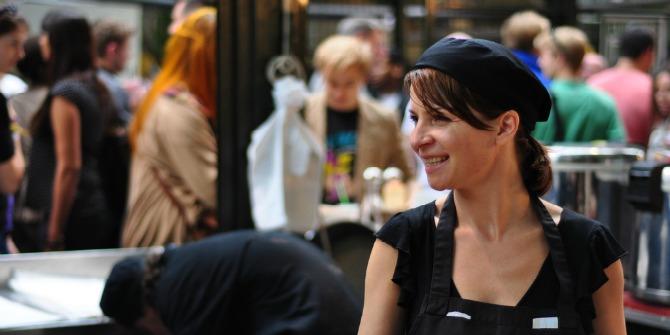 barista-smiling