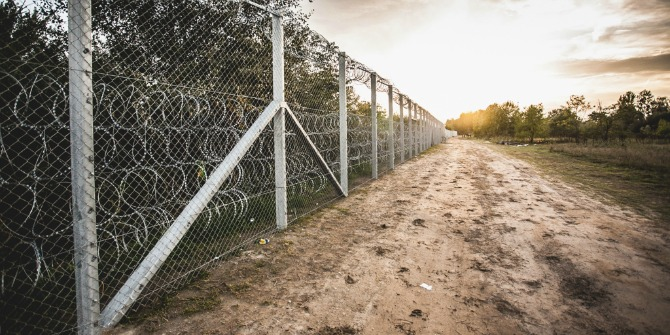 hungary-serbia_border_barrier