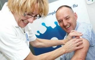 nhs-nurse-giving-flu-shot