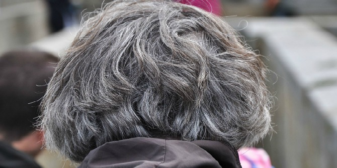 back_head_grey_hairs