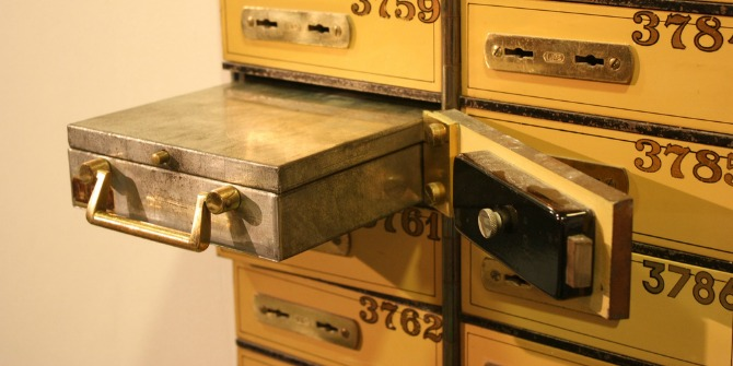 safe-deposit-box-featured