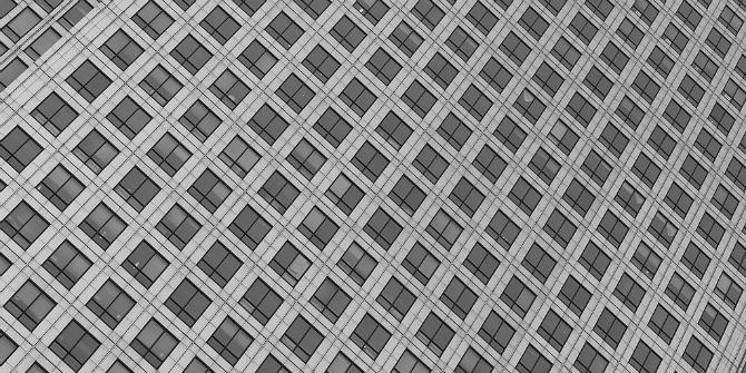building-facade-canary-wharf