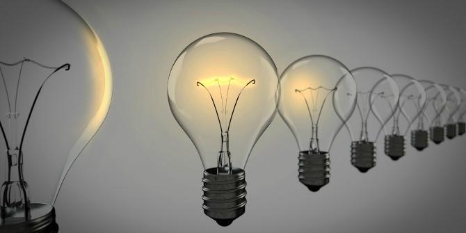 light-bulbs-leadership
