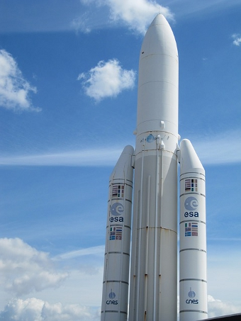 Ariane rocket, Credit: adueck (CC BY 2.0)