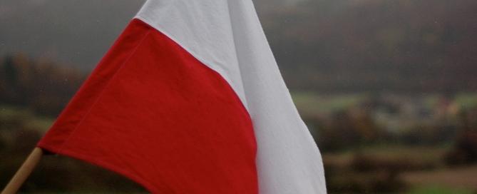 polandfieldflagfeature