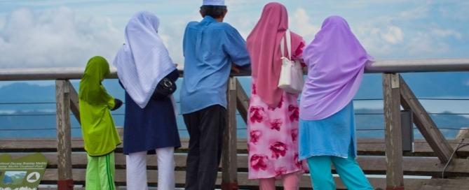 muslimsinthewestbookreview