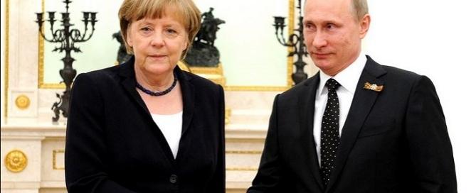 Angela Merkel with Vladimir Putin. Credits: kremlin.ru