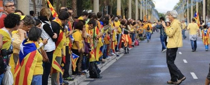 catalonia human chain