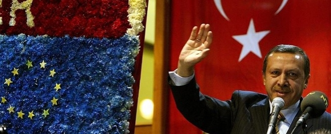 erdogan waving