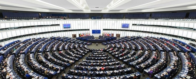The Parliament's hemicycle during a plenary session in Strasbourg. Credits: Diliff / Wikimedia Commons