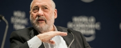 "Interview with Joseph Stiglitz: ""The cost of keeping the Eurozone together probably exceeds the cost of breaking it up"""