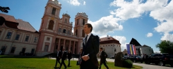 The right is set to be the big winner in Austria's upcoming general election