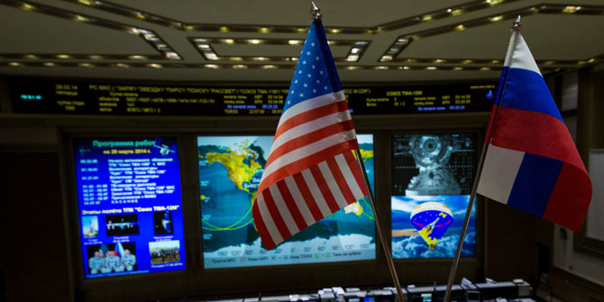 russia-and-us-flags_blog