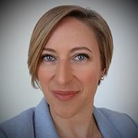 Portrait photo of Stephanie Rickard