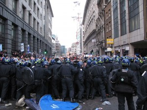 800px-G20_climate_camp_police_kettling_protesters