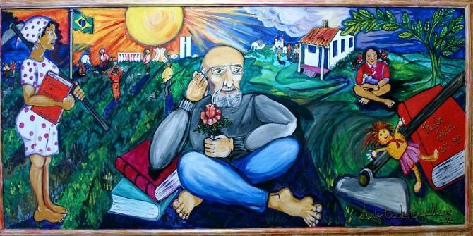 1280px-Painel.Paulo.Freire
