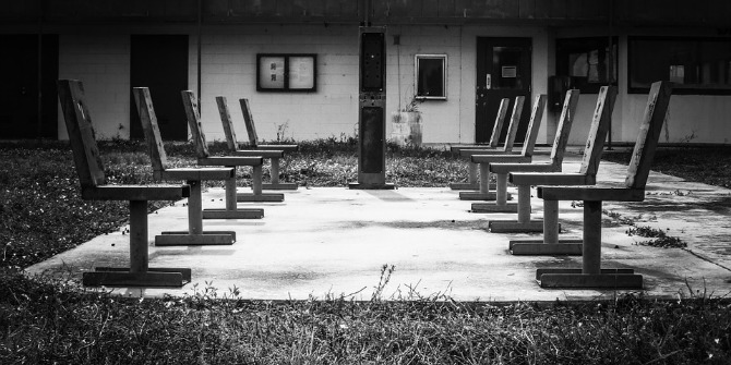 chairs-218460_960_720