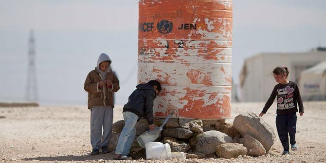 Children_filling_water_in_Al-Zaatari_Camp