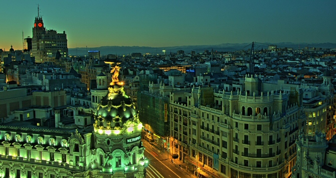 Gran Vía Madrid (Image Credit: Felipe Gabaldón, via Flickr: https://www.flickr.com/photos/felipe_gabaldon)