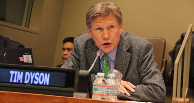 Tim Dyson, Professor of Population Studies, LSE gives a keynote presentation on Population Dynamics and Sustainable Development. United Nations Headquarters, New York. UN DESA/S. Nijman [http://www.un.org/en/development/desa/population/commission/sessions/2015/]