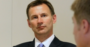 Jeremy Hunt, via Flickr (Ted Eytan: https://www.flickr.com/photos/taedc/8950255733/). Licence: CC BY-SA 2.0 (Image cropped)