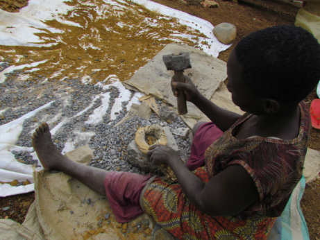 The economic contributions of artisanal & small–scale mining in Kenya: gold and gemstones