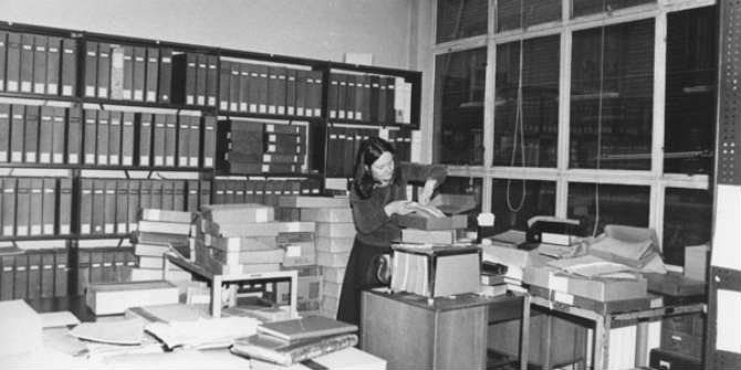 Angela Raspin, 1938-2013 – LSE's first archivist