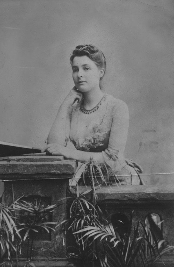 Beatrice Webb c1875