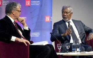 Kofi Annan and William Shawcross, credit Nigel Stead LSE 2012