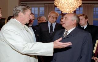 10/12/1986 President Reagan says goodbye to Soviet General Secretary Gorbachev after the last meeting at Hofdi House Reykjavik Iceland