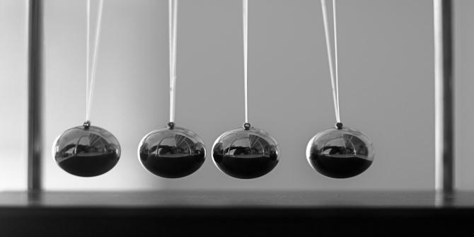 Not Swinging pendulum in government