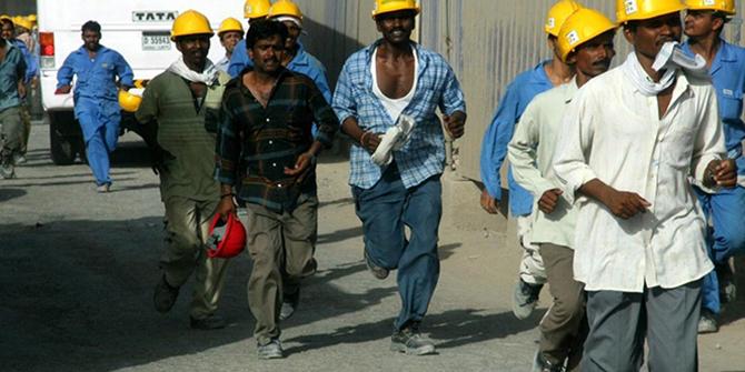 تفادي الوسطاء: استراتيجيات اقتصادية خليجية لمواجهة مجرمي الهجرة