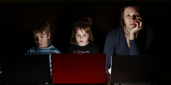 Playing an active role in a child's online social world