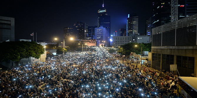 Hong Kong Rising: Does the beauty of crowds distract from the politics?