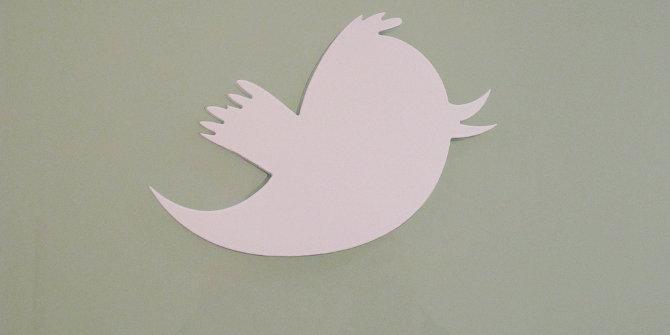 twitterpapercutshot