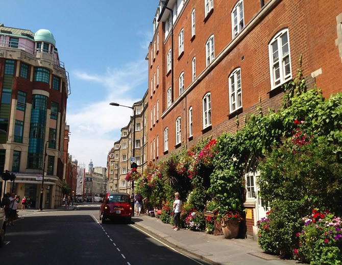 Drury Lane, photo taken by Cora Lacatus