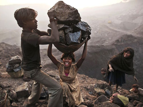 Coal Mine in Bokapahari - Kevin Frayer AP  (1)