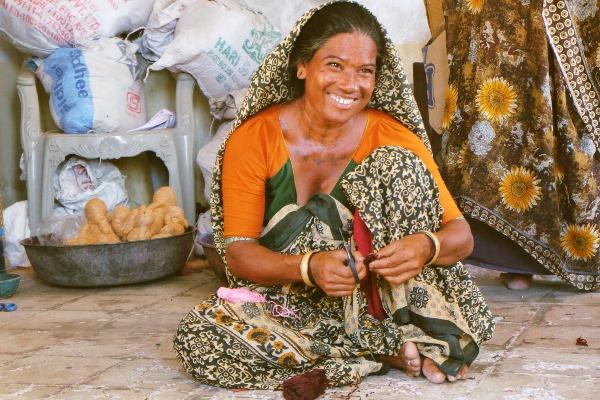 A member of TCSRD's coconut fibre handicraft cluster