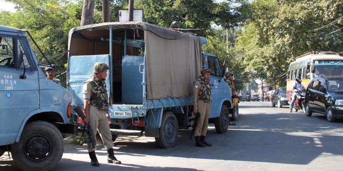 Indian soldiers Kashmir. Credit: flowcomm