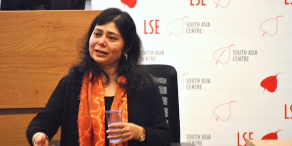 Shrabani Basu speaking at LSE on Indian soldiers in the First World War. Credit: Sonali Campion