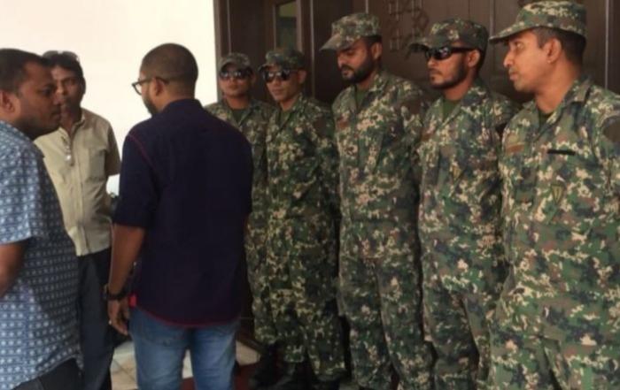 Liberal democracies, don't give upon the Maldives