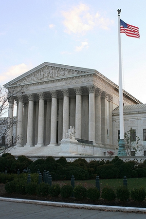 US Supreme Court Credit : OZinOH (Creative Commons BY NC)