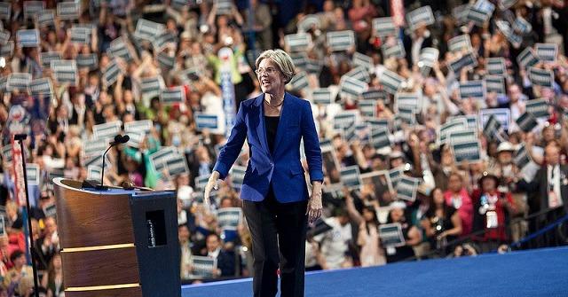 Elizabeth Warren Credit: Newshour (CC-BY-NC 2.0)