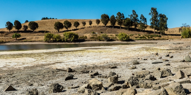 Drought affected Sand Wool Lake in Santa Clara, California 31 August. 2014 Credit: Don DeBold (Flickr, CC-BY-2.0)