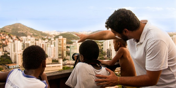 Book Review: Favela Digital: The Other Side of Technology by David Nemer