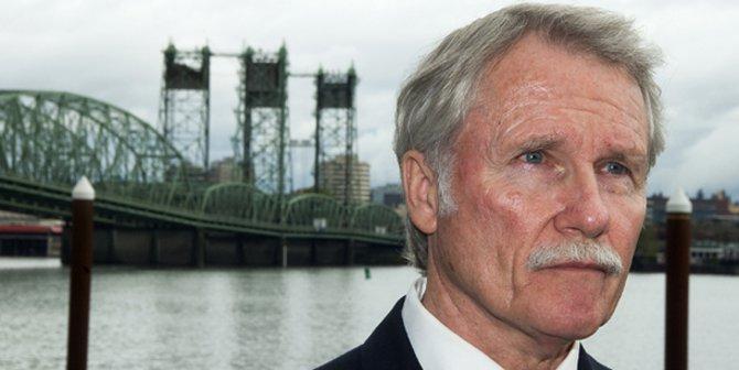 Former Governor of Oregon, John Kitzhaber Credit: Oregon Department of Transportation (Flickr, CC-BY-2.0)