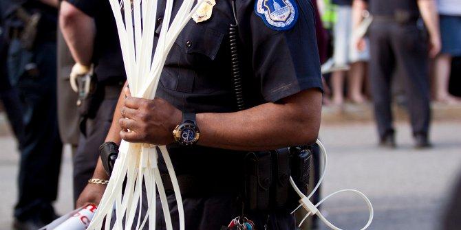 Police arrest cuff featured