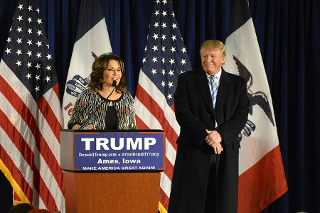 Former Alaska Gov. Sarah Palin speaks at a rally after endorsing Republican presidential candidate Donald Trump at Iowa State University in Ames, Iowa on Tuesday, Jan. 19, 2016. Credit: Alex Hanson (Flickr, CC-BY-2.0)